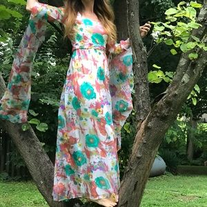 Vintage 70s trailing bell sleeves maxi